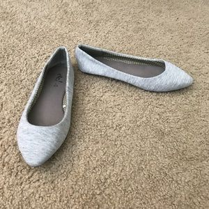 Rue 21 Heather Grey Jersey Pointed Toe Flats